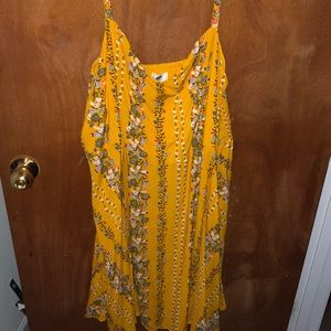 NWT Pretty Old Navy Yellow Floral Dress